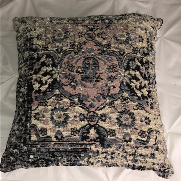 Hobby Lobby Other - 19x19in decorative pillow